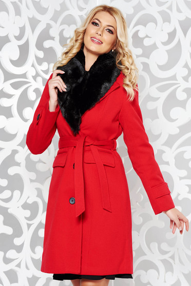 Red elegant arched cut coat cloth fur collar
