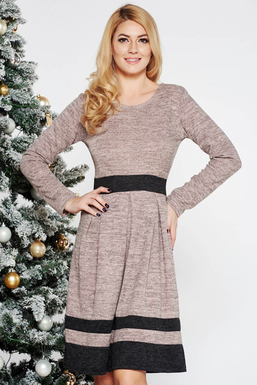 Cream daily cloche dress knitted fabric