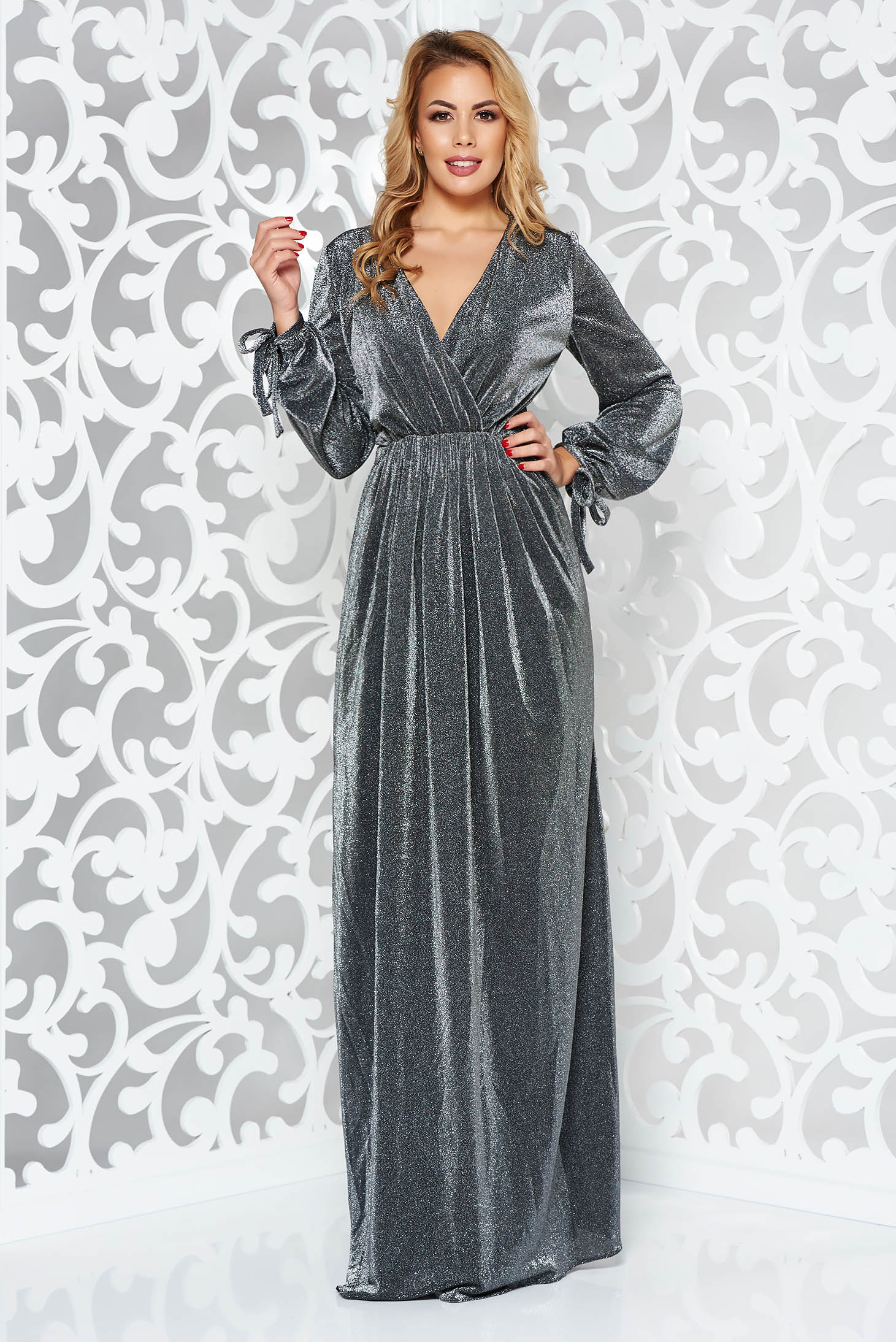 Rochie argintie de ocazie lunga in clos cu elastic in talie