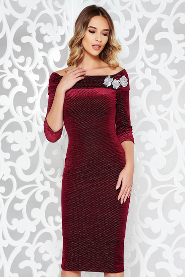 StarShinerS burgundy occasional velvet pencil dress embroidered off shoulder with lame thread