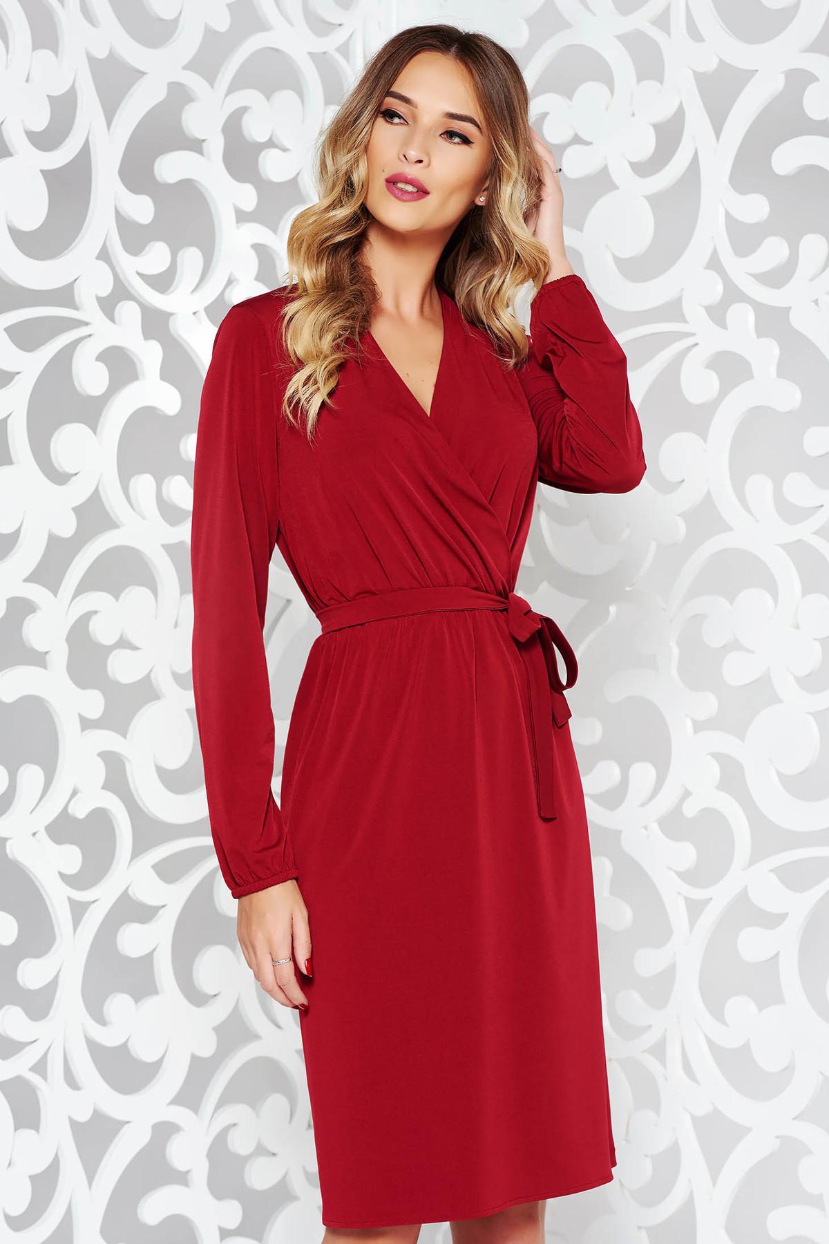 Rochie StarShinerS rosie eleganta din material fin la atingere cu elastic in talie accesorizata cu cordon