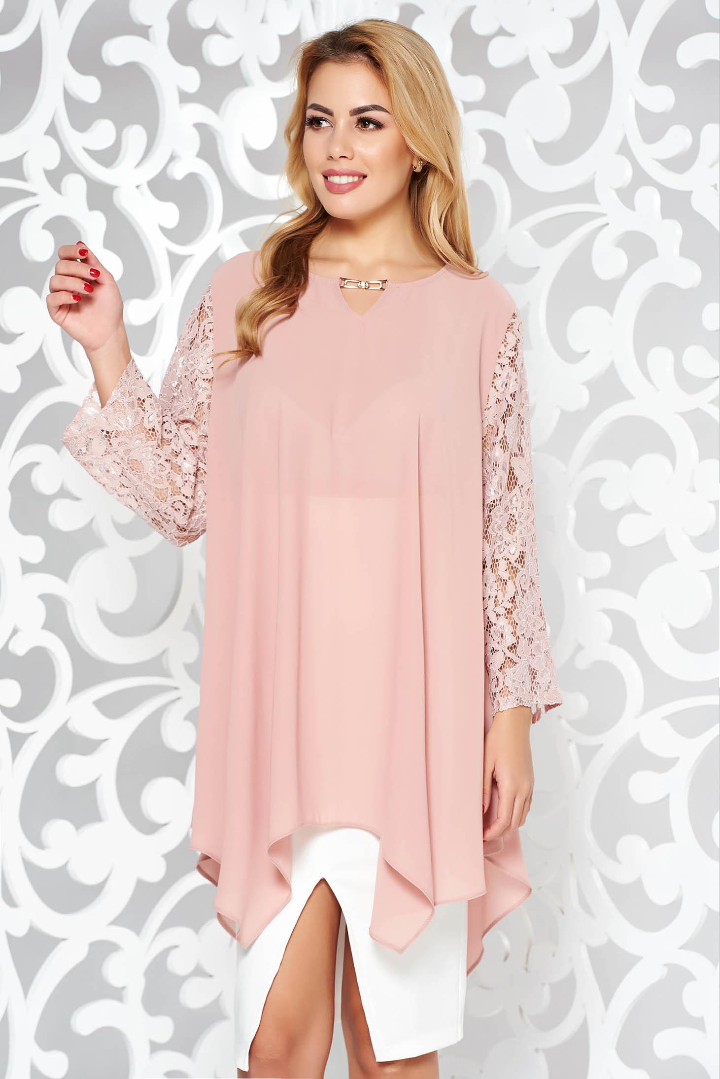 Rózsaszínű elegáns bő szabású női blúz fátyol anyag csipke ujj asszimmetrikus szabással
