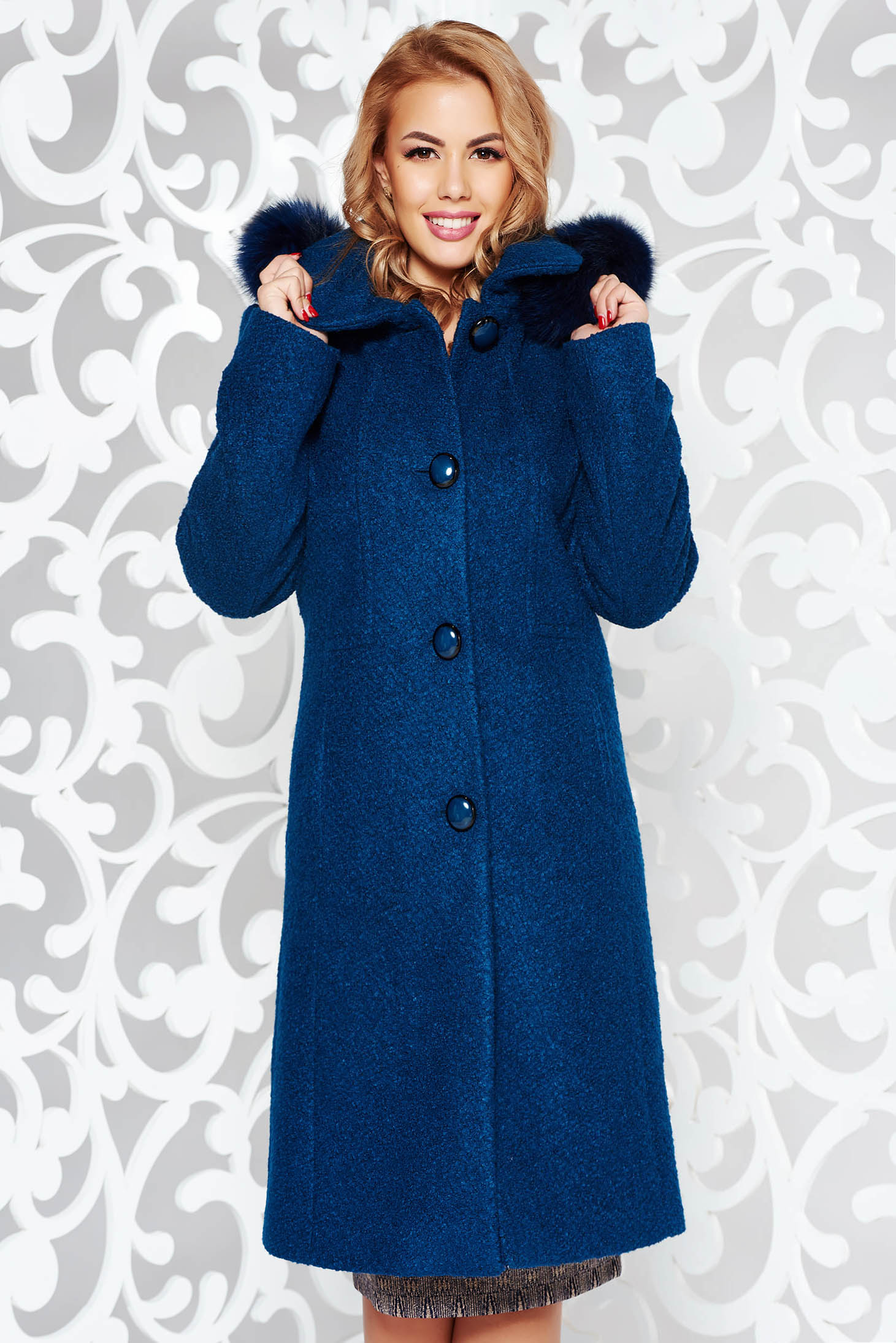 Turquoise elegant from wool coat with straight cut with inside lining detachable hood