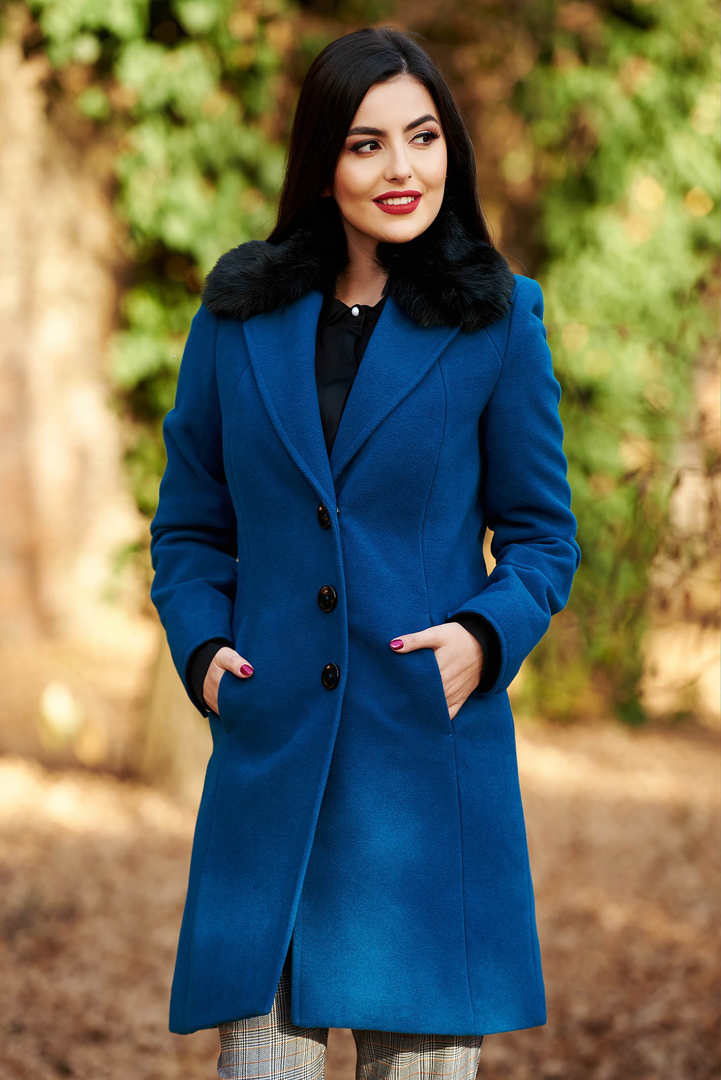 StarShinerS turquoise elegant coat from wool arched cut with inside lining fur collar