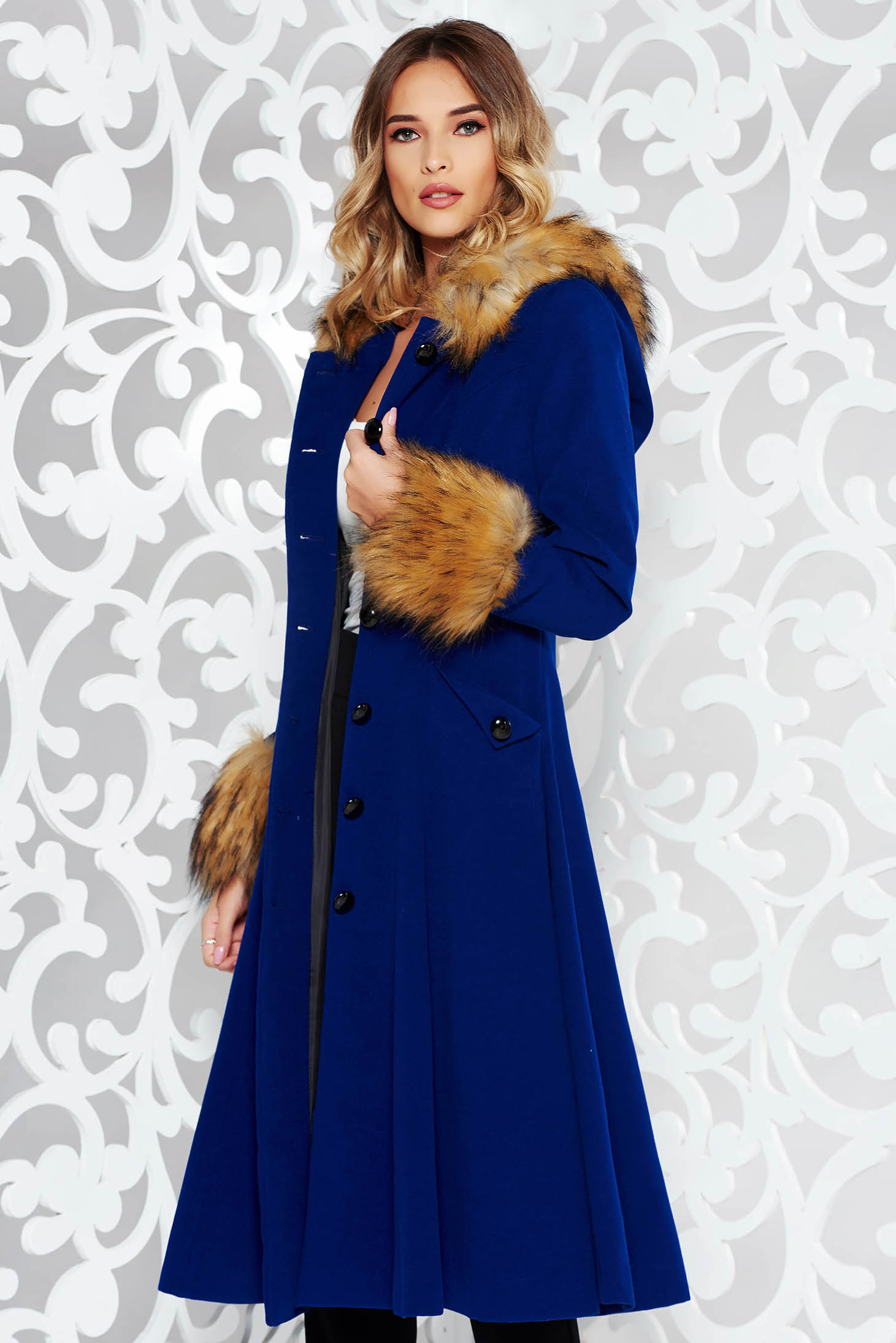 StarShinerS blue coat elegant cloche with inside lining with faux fur details from wool