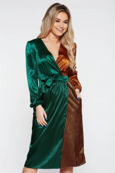 StarShinerS darkgreen elegant midi dress from satin fabric texture accessorized with tied waistband wrap around