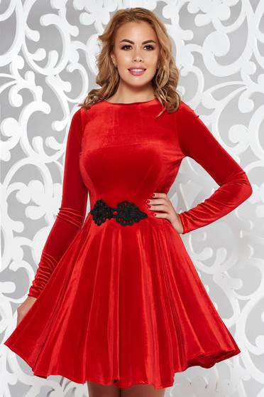 Artista red dress from velvet with embroidery details cloche occasional
