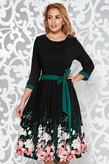 Green elegant cloche dress soft fabric accessorized with tied waistband with floral print