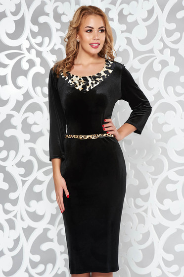 Black occasional pencil velvet dress accessorized with belt