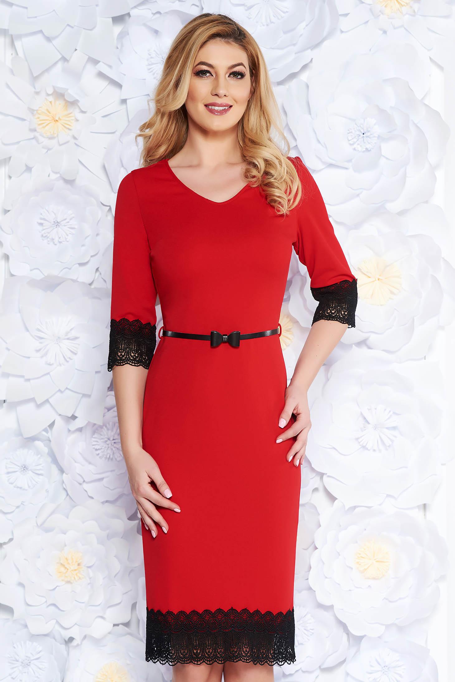 Piros elegáns ceruza ruha rugalmas anyag csipke díszítéssel öv típusú  kiegészítővel 668696e18a