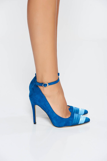 Blue elegant shoes with high heels slightly pointed toe tip