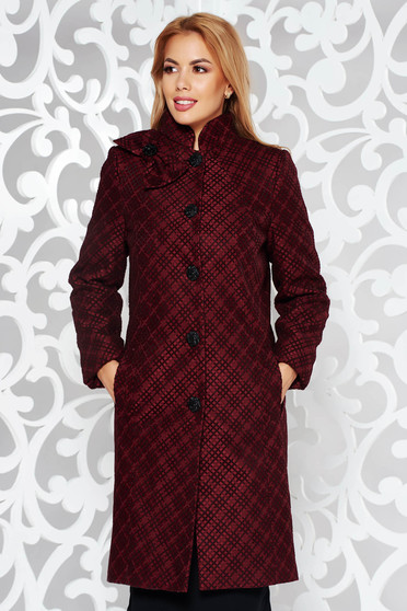 Burgundy elegant coat from non elastic fabric with inside lining arched cut with pockets