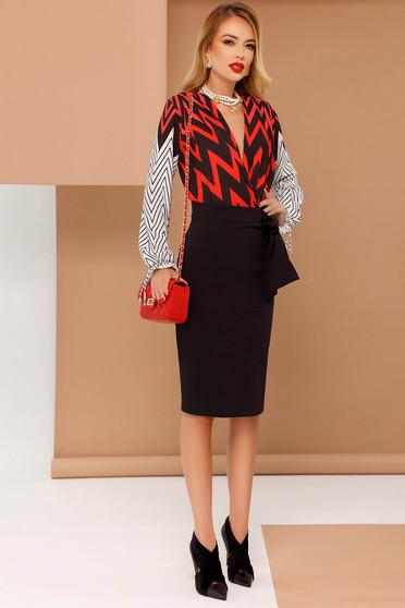 PrettyGirl red body elegant airy fabric with v-neckline long sleeved
