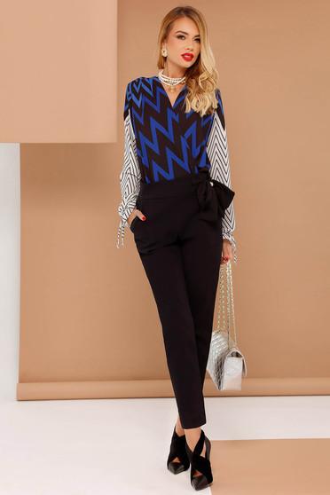 PrettyGirl blue body elegant airy fabric with v-neckline long sleeved