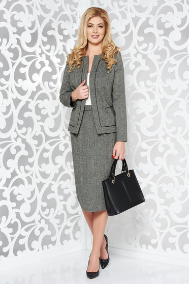Grey office wool lady set with inside lining with a skirt