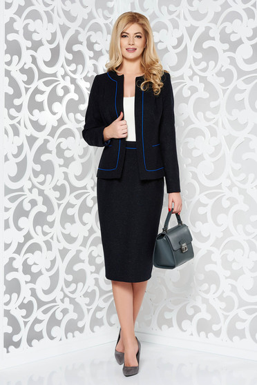 Black lady set office wool with inside lining with a skirt
