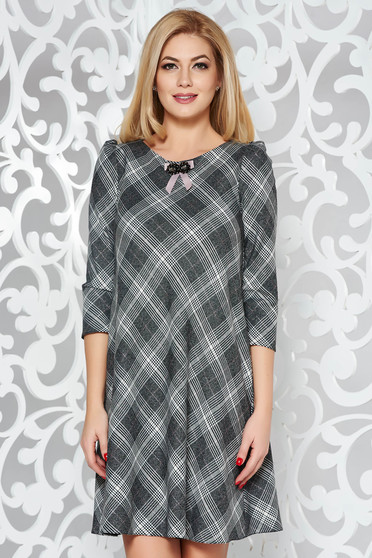 Grey dress office flared slightly elastic fabric with inside lining accessorized with breastpin