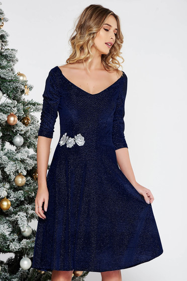 StarShinerS blue occasional cloche dress from velvet with lame thread with inside lining embroidered with v-neckline