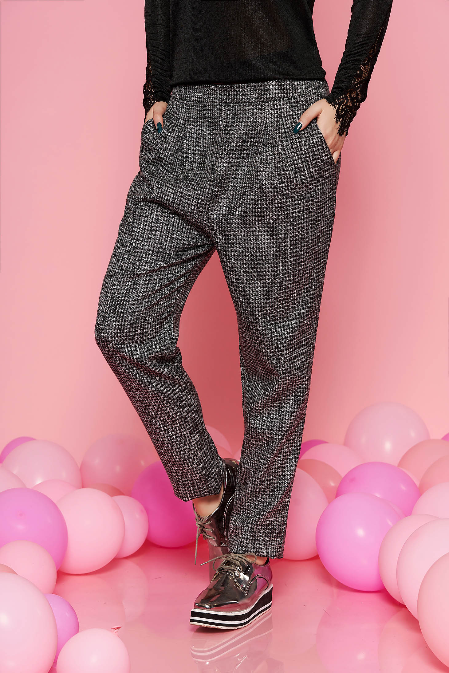 Fofy grey conical office trousers slightly elastic fabric with pockets with medium waist