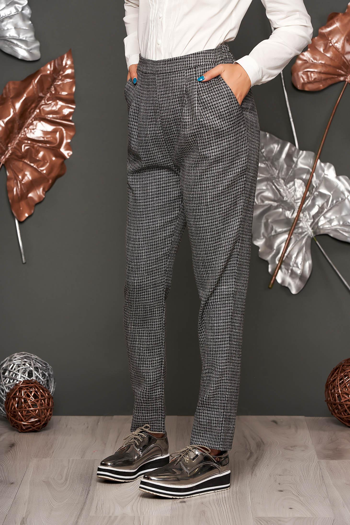 Szürke irodai zsebes kónikus nadrág enyhén rugalmas szövetből