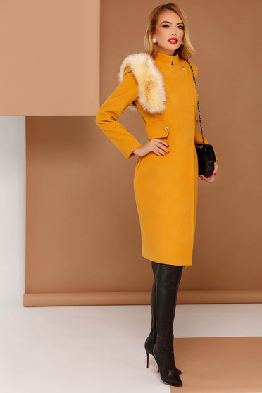 PrettyGirl mustard elegant coat from non elastic fabric with inside lining with faux fur details