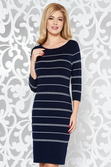 Darkblue daily dress with tented cut soft fabric knitted