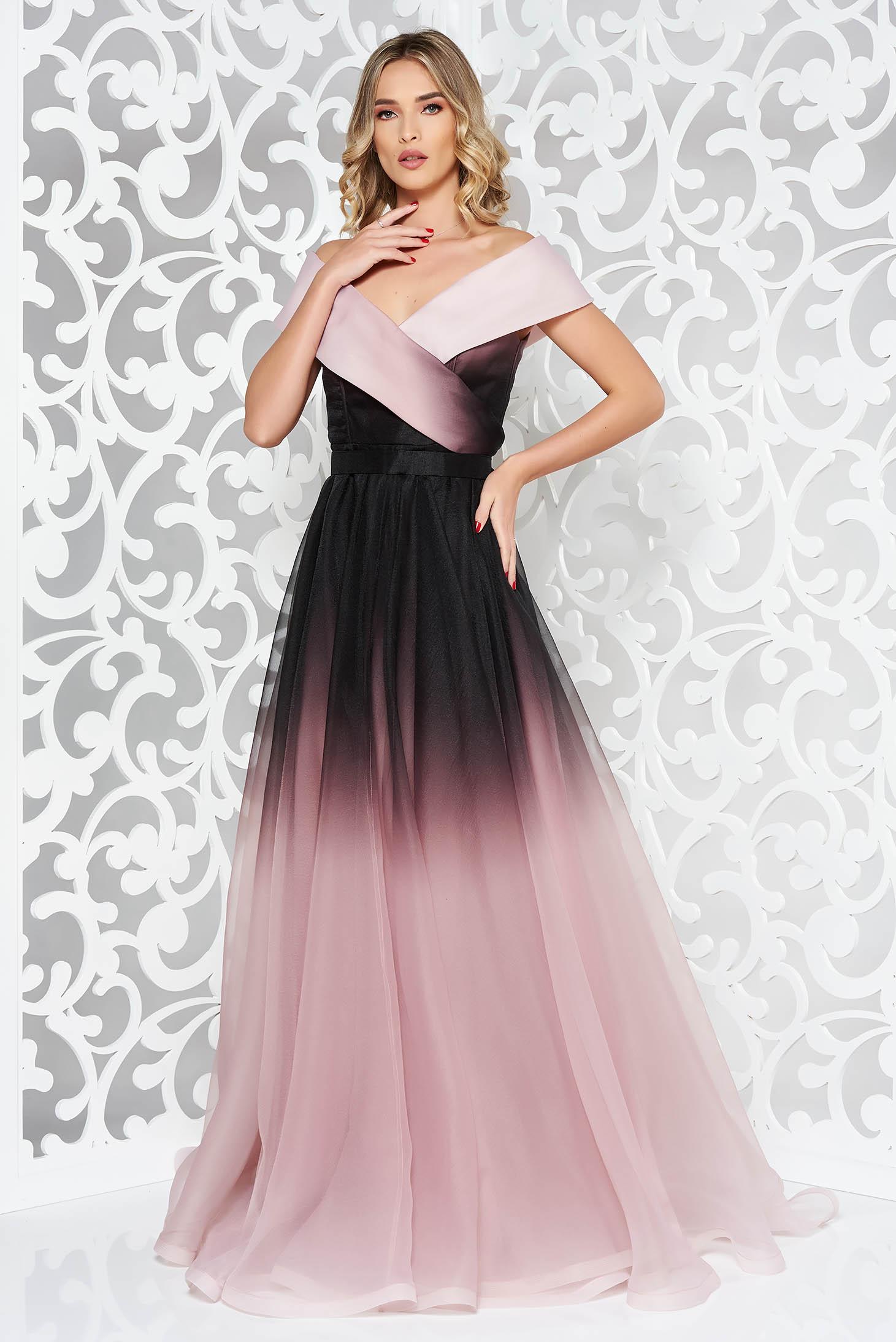 Ana Radu black luxurious dress with inside lining accessorized with tied waistband with v-neckline
