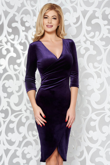 StarShinerS purple occasional pencil dress from velvet with a cleavage