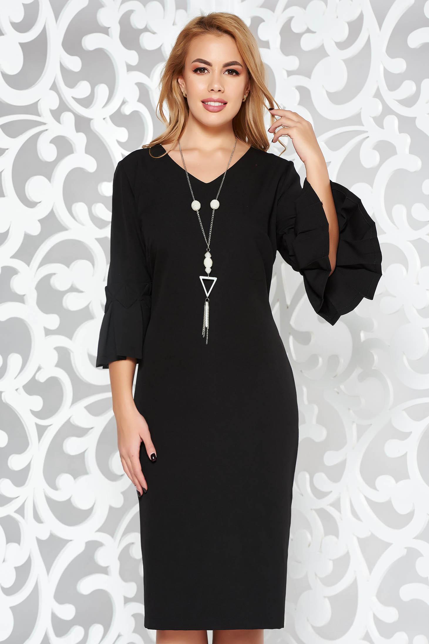 Rochie neagra eleganta tip creion midi din stofa subtire usor elastica accesoriu tip colier