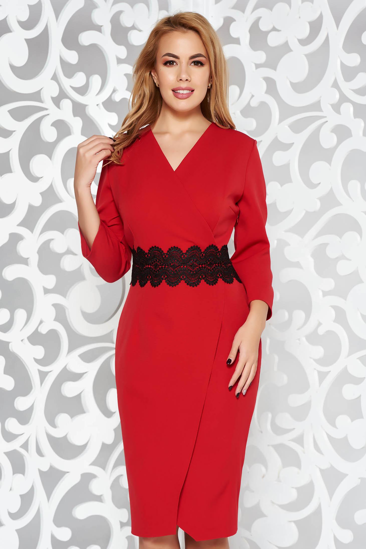 Piros elegáns ceruza ruha enyhén elasztikus szövet kötött csipke átfedéses  fazon 86427826d3