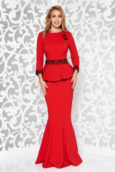 Red occasional long mermaid dress slightly elastic fabric with lace details accessorized with breastpin