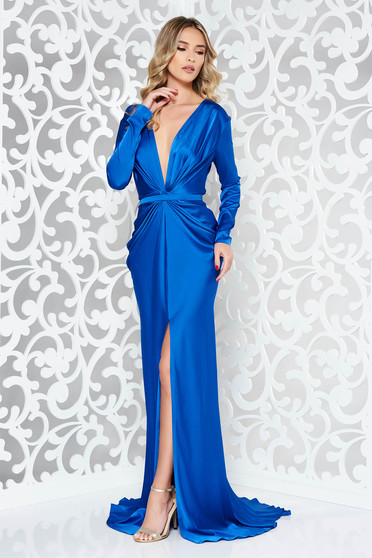 Ana Radu blue dress from satin fabric texture mermaid luxurious accessorized with tied waistband with deep cleavage