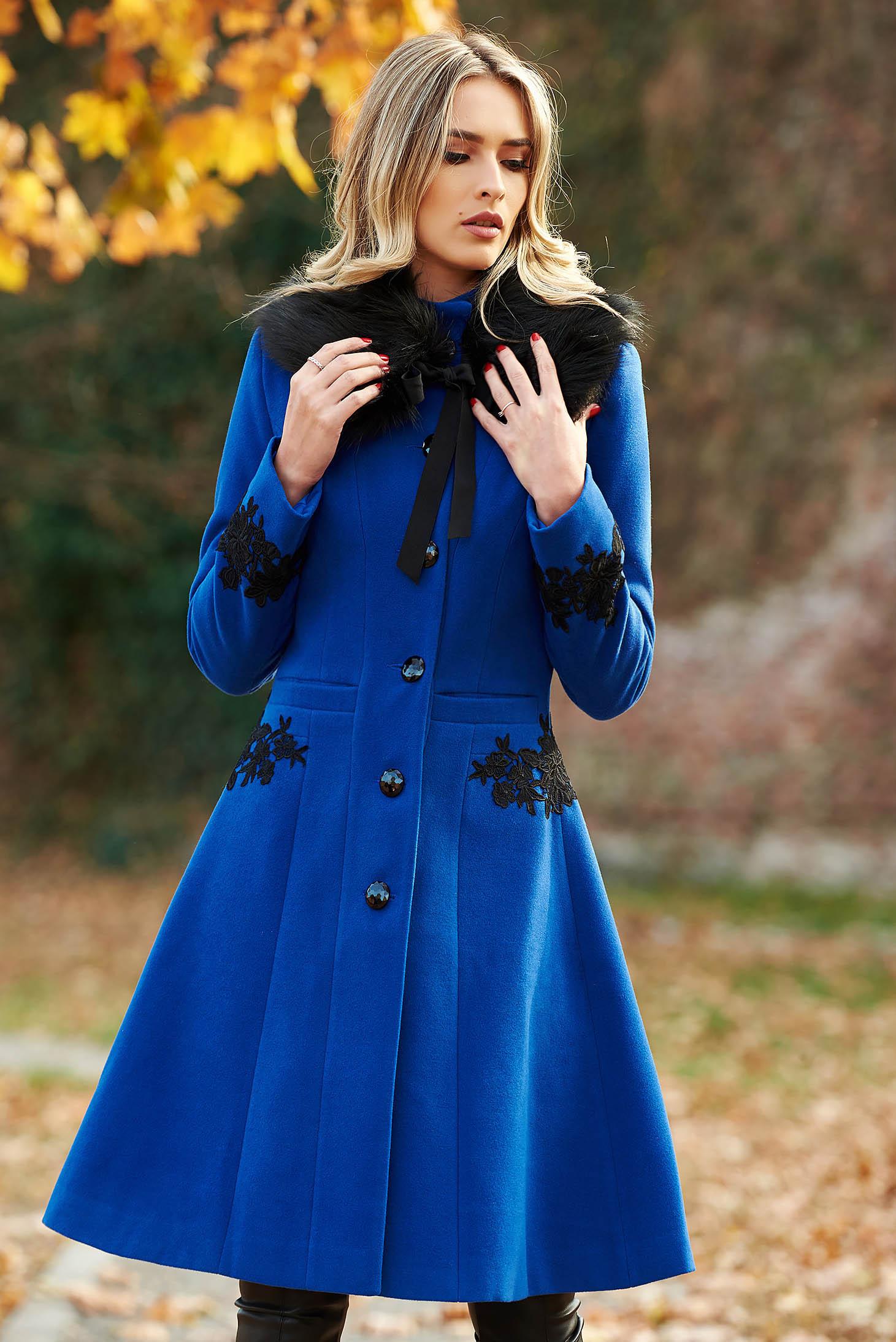 Kék LaDonna best impulse elegáns gyapjú belső béléssel nagykabát hímzett betétekkel zsebes