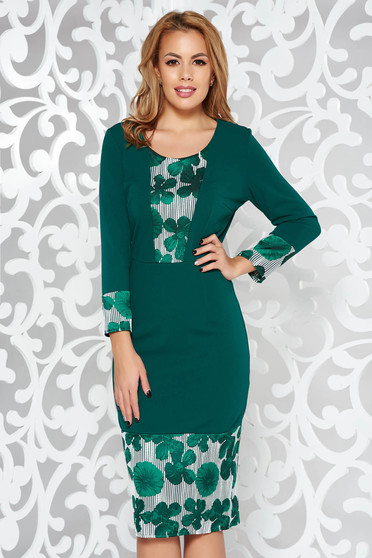 Green elegant pencil dress with 3/4 sleeves slightly elastic fabric