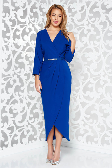Blue elegant with a cleavage 3/4 sleeve dress slightly elastic fabric accessorized with belt