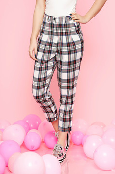 White casual conical high waisted cloth trousers with chequers