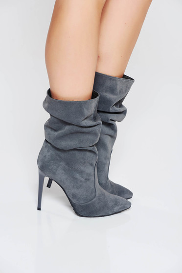 Grey natural leather boots with high heels slightly pointed toe tip from suede