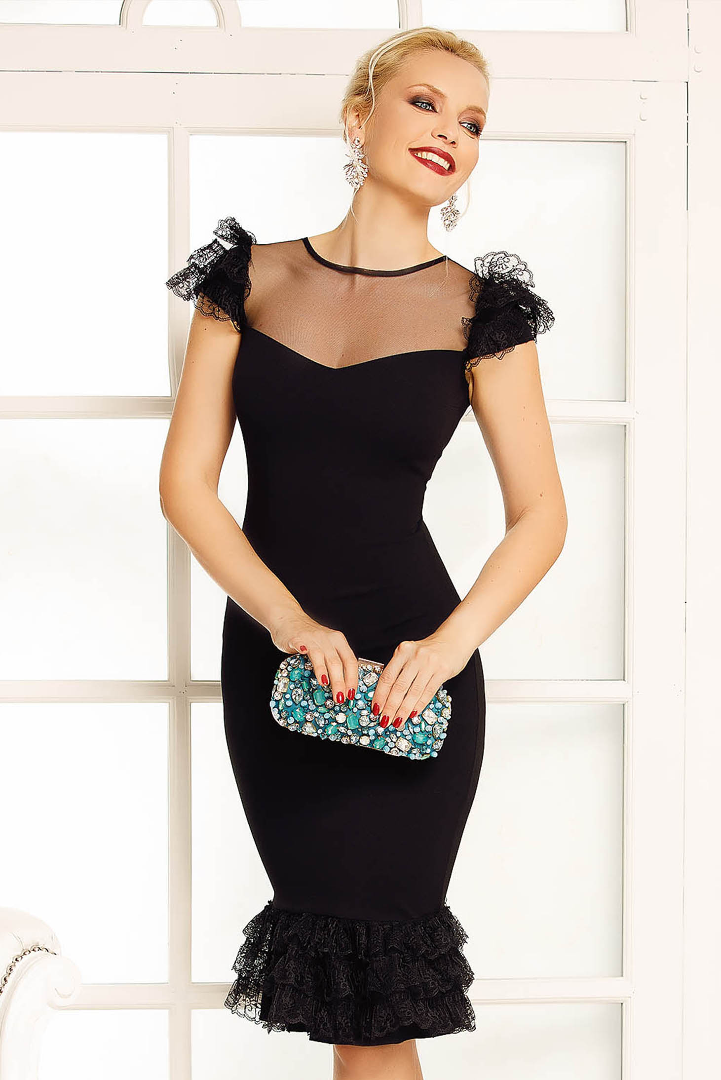 Fofy black occasional pencil dress with lace details