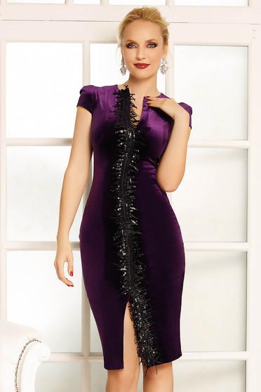 Fofy purple occasional velvet pencil dress with sequin embellished details with v-neckline