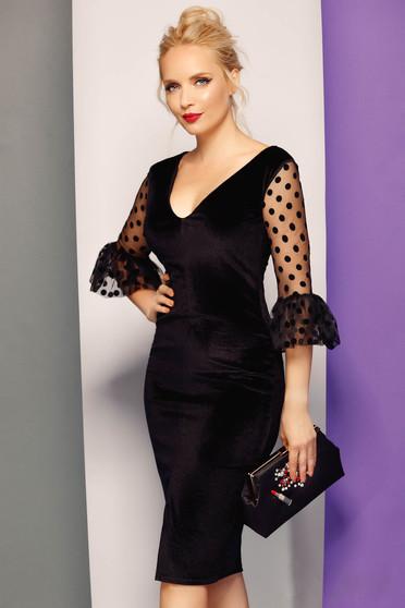 Fofy black occasional pencil dress from velvet with v-neckline