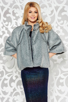 Grey occasional ecological fur with inside lining with easy cut