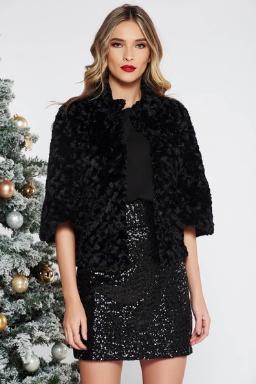 Black occasional ecological fur with inside lining with 3/4 sleeves