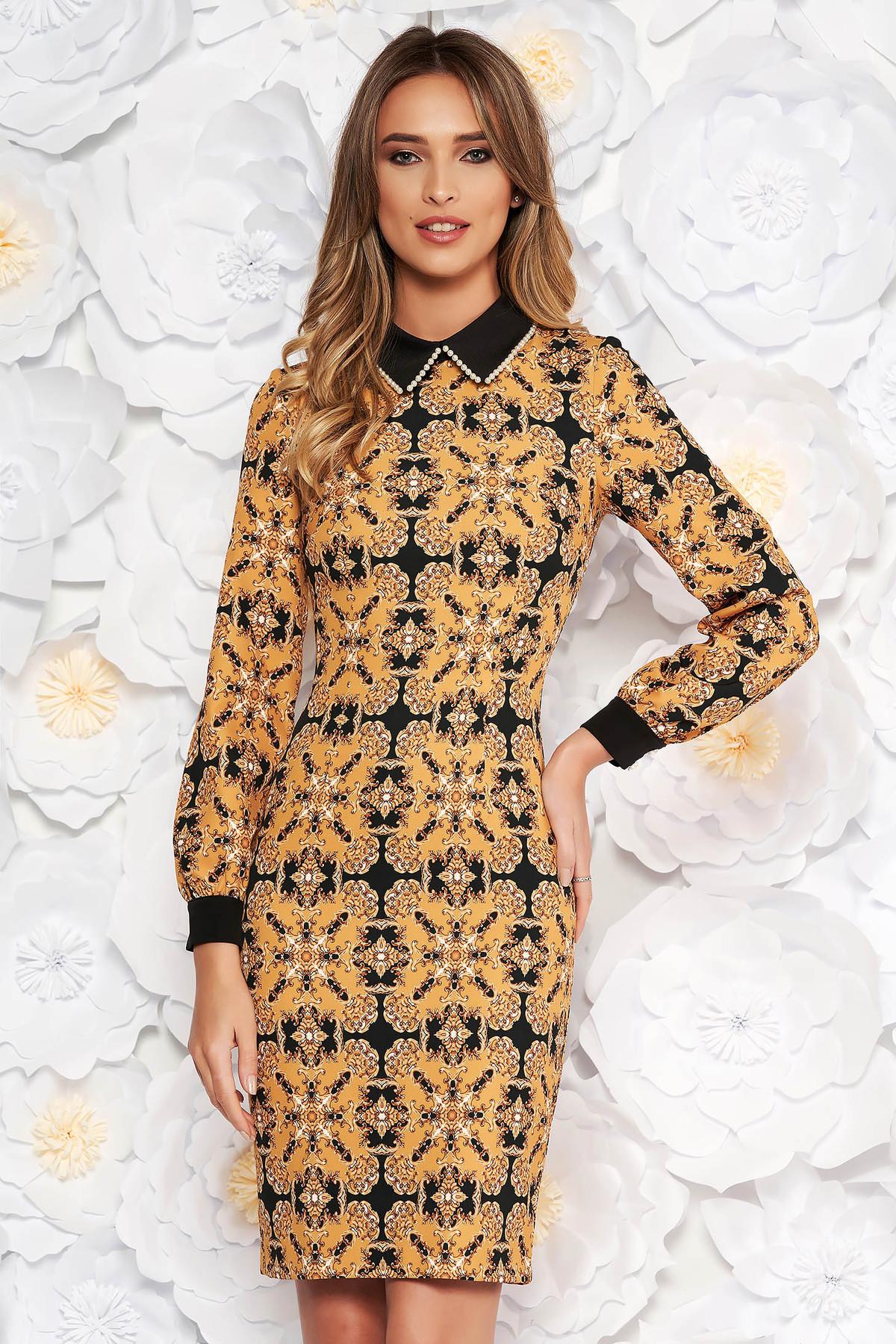 Rochie mustarie eleganta din stofa cu imprimeu grafic guler detasabil cu aplicatii cu perle