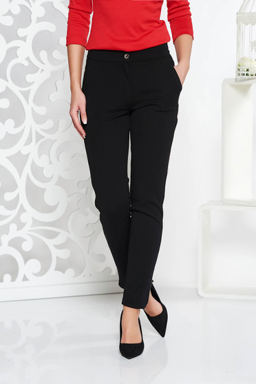 Fofy black casual conical trousers with medium waist slightly elastic fabric with pockets