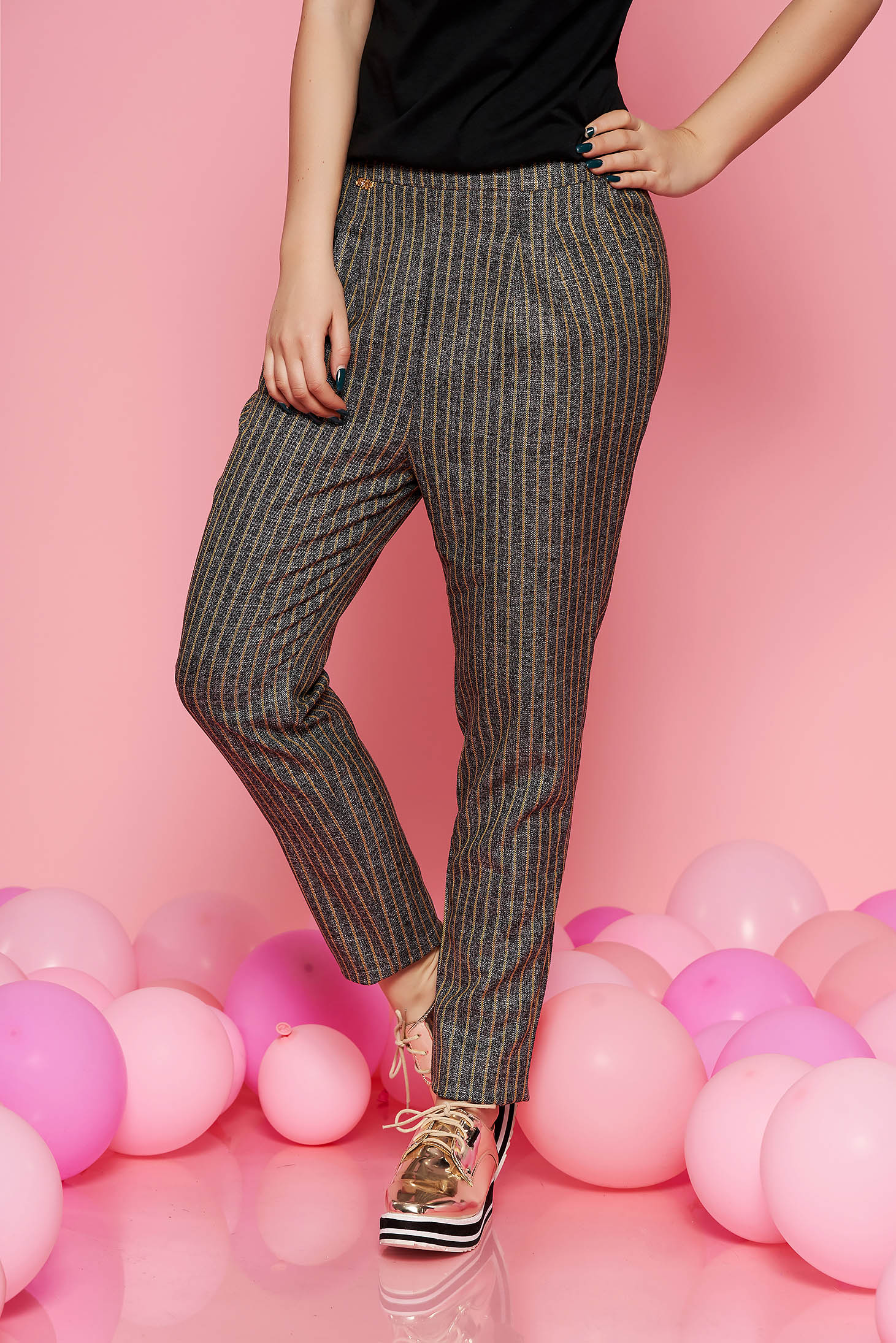 Fofy mustard office conical high waisted trousers from non elastic fabric with pockets