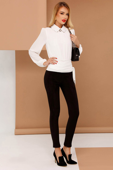 PrettyGirl white women`s blouse elegant flared from veil fabric accessorized with breastpin