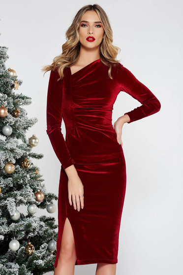 StarShinerS burgundy occasional midi dress with tented cut from velvet with inside lining