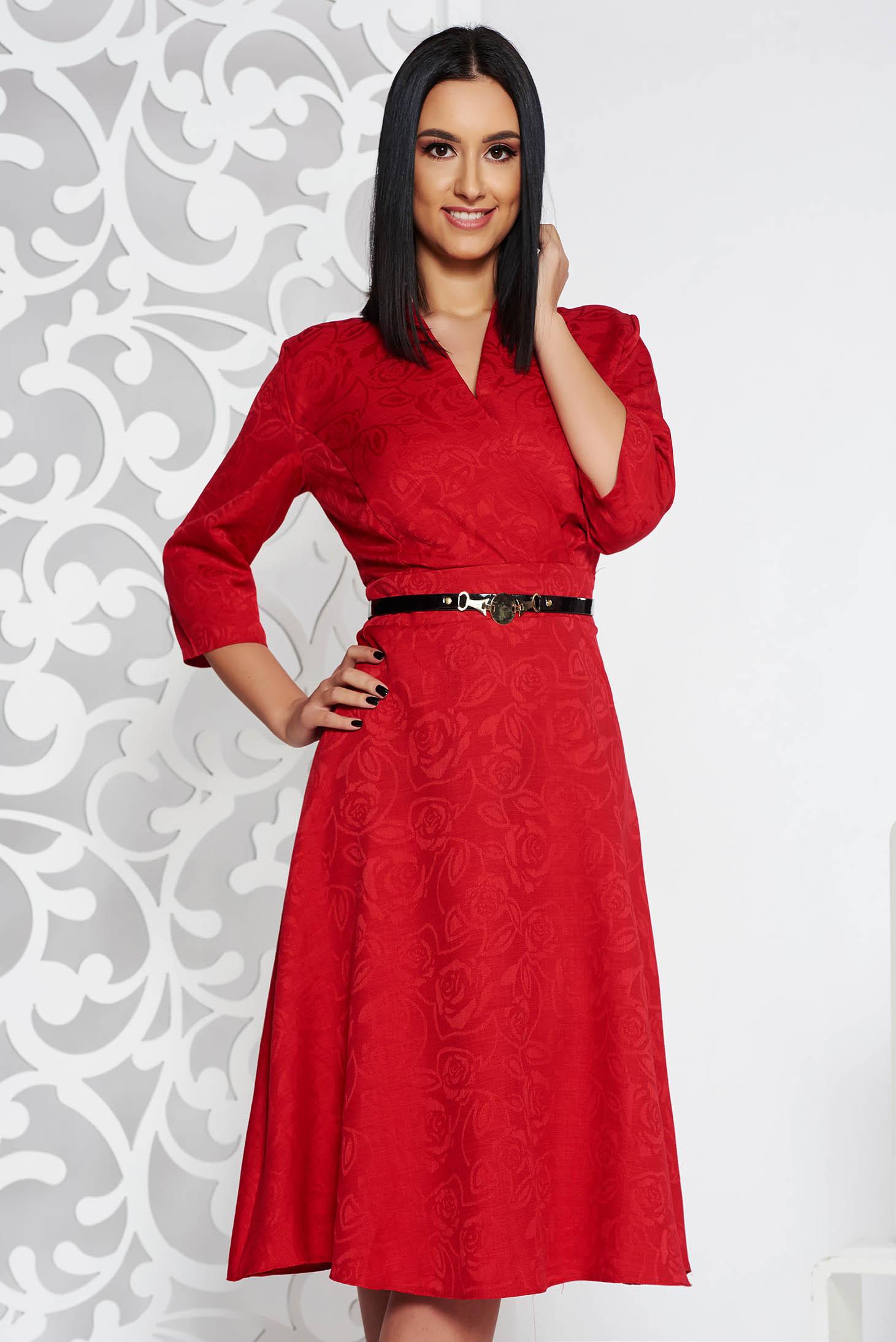 Piros elegáns harang ruha v-dekoltázzsal rugalmatlan szövet öv típusú kiegészítővel