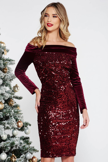 Artista burgundy occasional dress with tented cut from velvet with sequins on the shoulders neckline