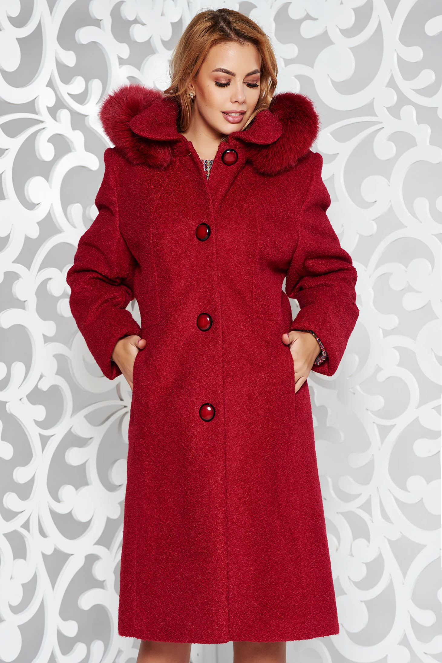Palton rosu elegant cu un croi drept din lana captusit pe interior gluga detasabila